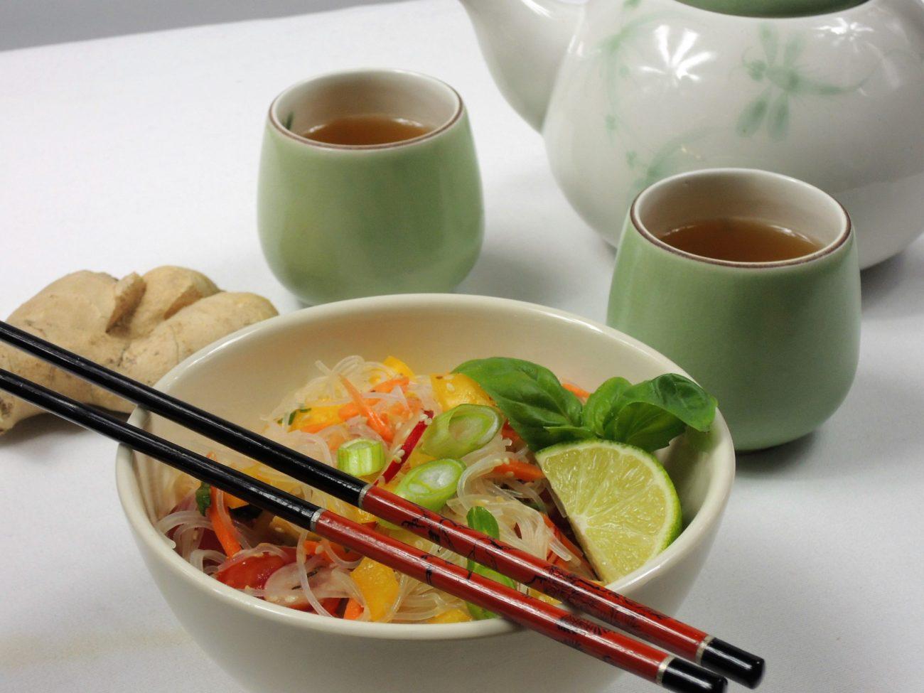 Asijský salát s tofu