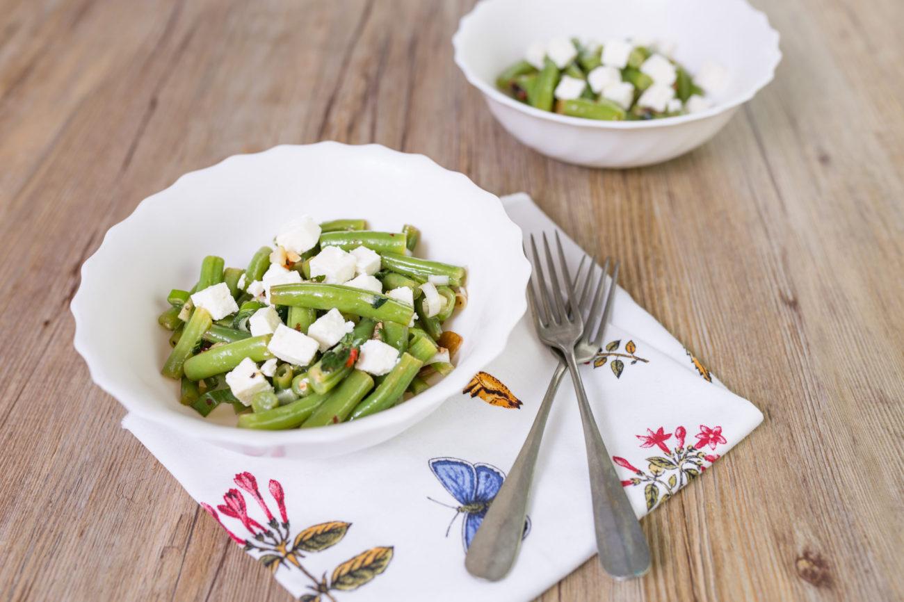 Salát ze zelených fazolek s balkánským sýrem