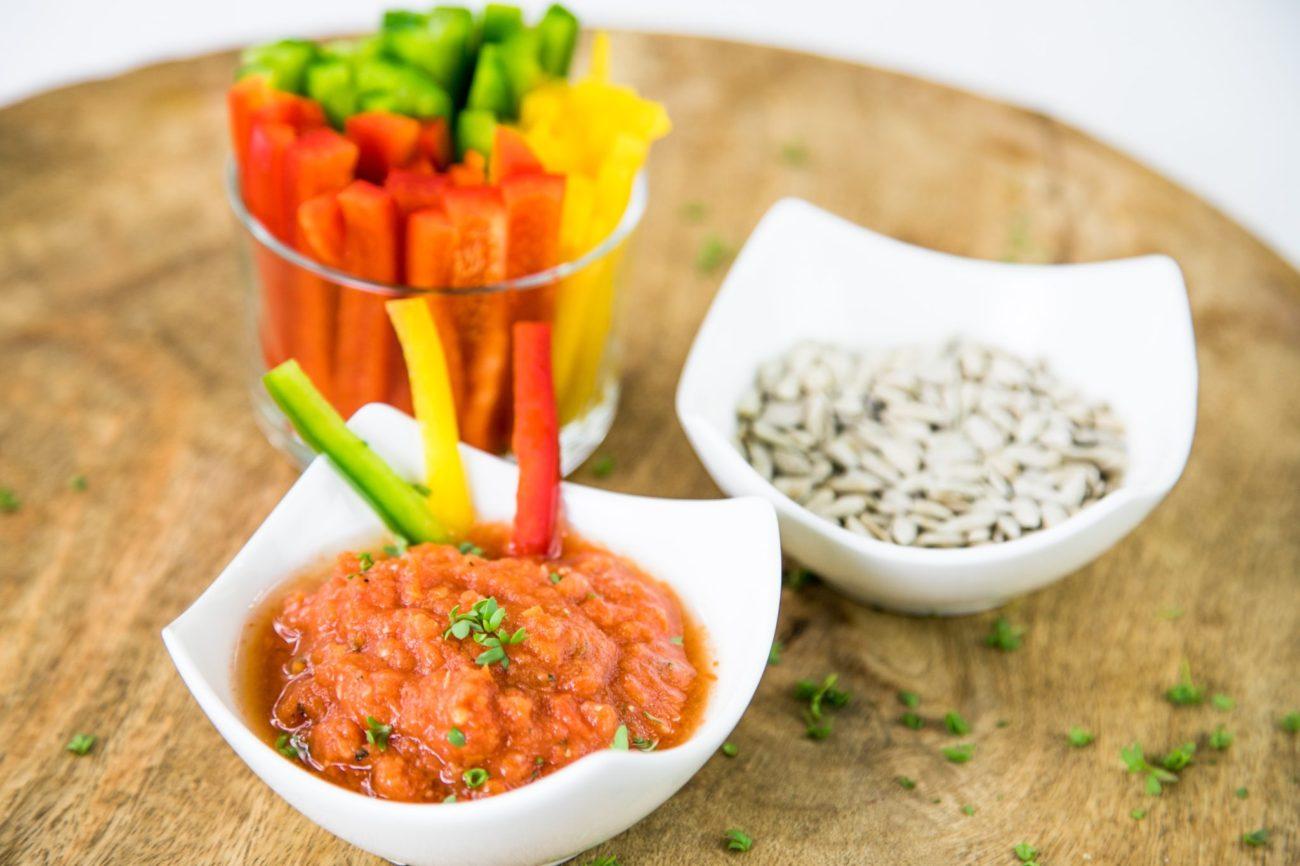 Paprika s rajčatovým dipem