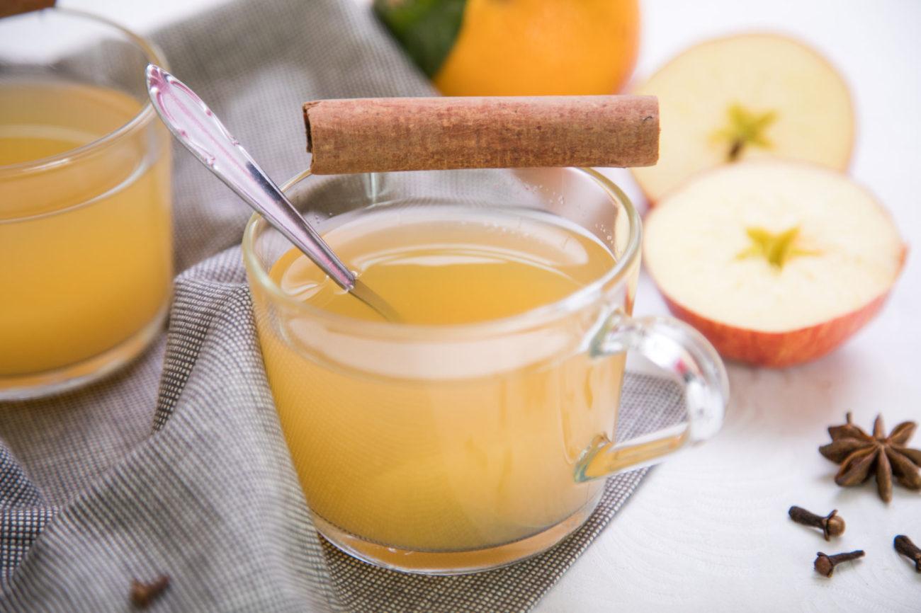 Horký jablečný punč