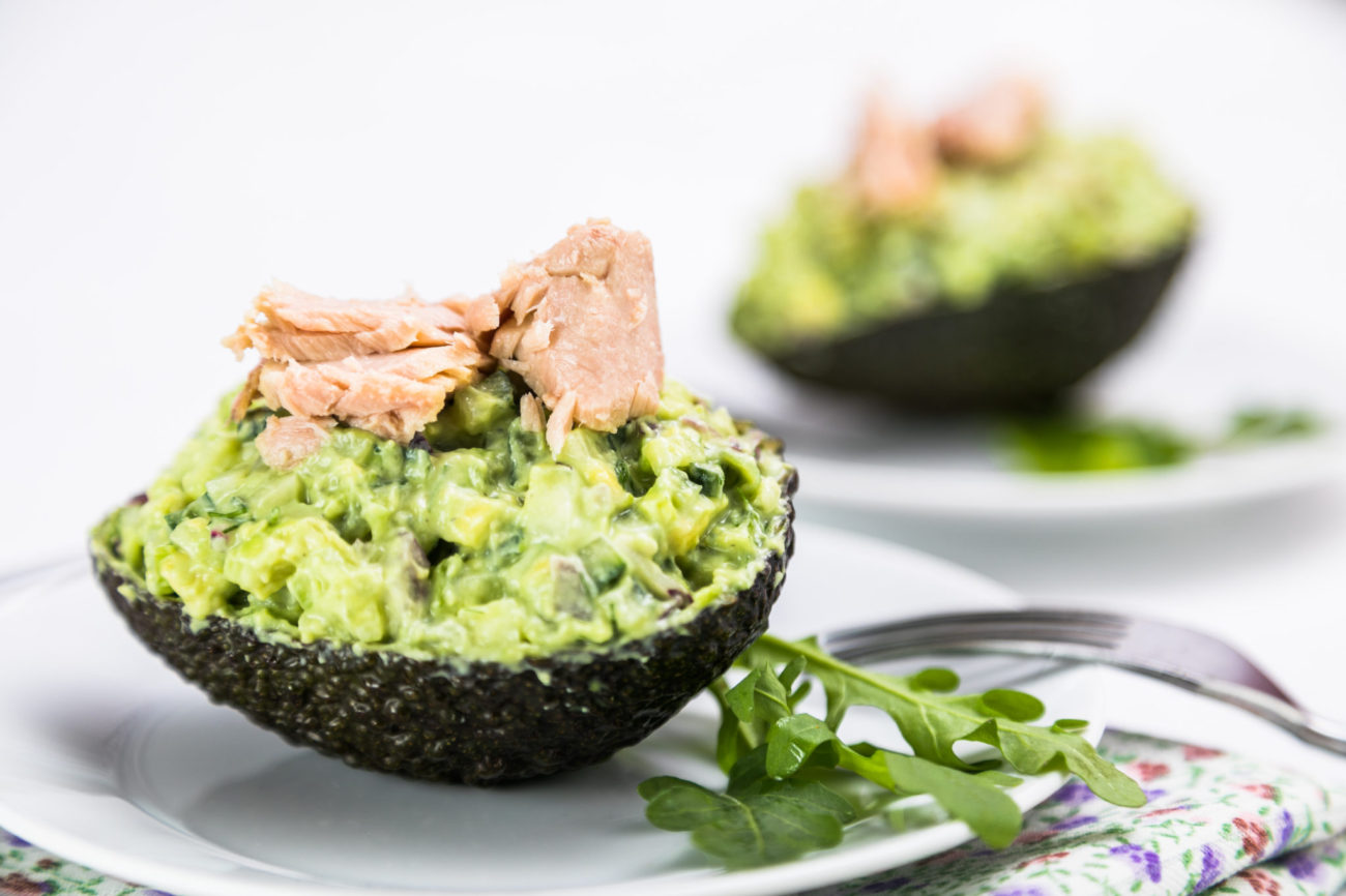 Avokádový salát s tuňákem