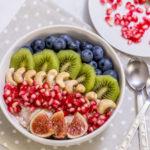 Pohanková kaše s ovocem a ořechy
