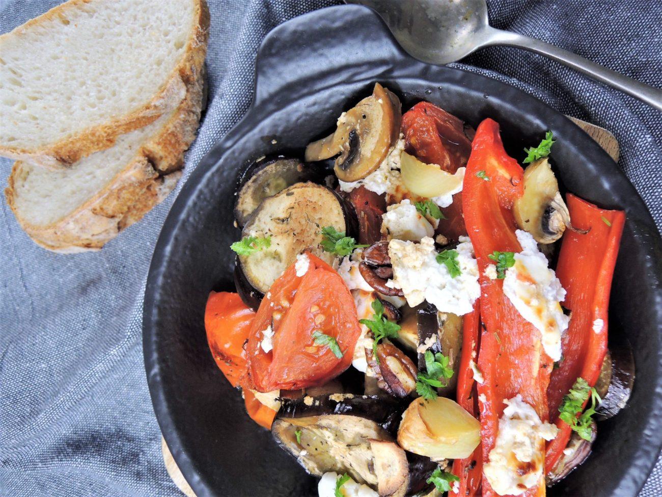 Pečená zelenina s kozím sýrem