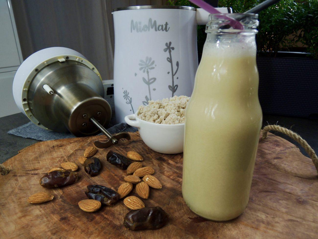 Mandlovo kokosové mléko